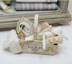 how to: shabby chic basket inspiration (link to basket tutorial)