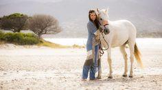 #Mode ist eine Frage des Stils gebenüber Mensch und #Umwelt: Bequeme und #nachhaltige Mode tut Körper und Seele gut Horses, Engagement, Type, Animals, Color, Sustainable Fashion, Sustainability, Fashion Clothes, Life