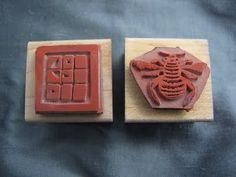 How to design rubber stamp molds to make precious metal clay charms using Adobe photoshop. By Beth Hemmila of Hint Jewelry