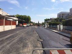 Bari manutenzione stradale: sopralluogo dellassessore Galasso sul cantiere di via Fransvea a Carbonara