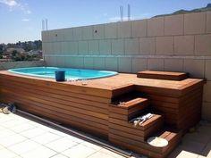 deck de piscina                                                                                                                                                                                 Mais