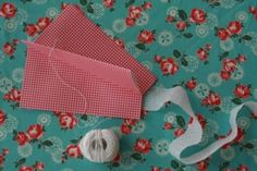 How to make a paper kite!