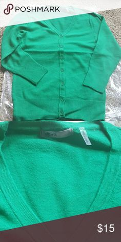 Kelly green mak modcloth cardigan new New in package Mak cardigan sold by ModCloth Charter school full length 3/4 sleeves. Excellent stretch hold shape one of the softest Cardigans around ModCloth Sweaters Cardigans