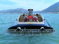 Excellent Rear View of this Ski Boat. Wooden Speed Boats, Wooden Boats, Ski Boats, Motor Boats, Drag Boat Racing, Flat Bottom Boats, Flats Boat, Vintage Boats, Naval History