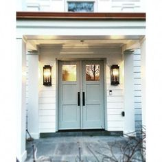 Check out this hip colonial garage door - what an ingenious innovation Architecture Bathroom, Modern Staircase, Garage Door Styles, House Exterior, Garage To Living Space, Garage Door Design, Architectural Details Exterior, Garage Door Types, Doors