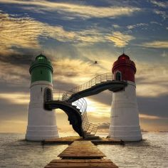 Challenge yourself with this Világítótornyok jigsaw puzzle for free. 86 others took a break from the world and solved it. Beautiful Places, Beautiful Pictures, Beautiful Sunset, Lighthouse Pictures, Beacon Of Light, Water Tower, Belle Photo, Cool Photos, Scenery
