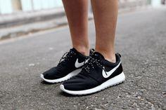 online retailer d4755 59d7b Nike Roshe sneakers   Street Style Personlig Stil, Amy