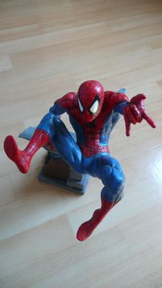 Spider-Man (Bowen Statue) Modern Version, in ArnaudLEROUX's Bowen Statue Collection Gallery Comic Art Gallery Room - 408718