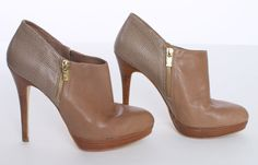 MICHAEL KORS TAN LEATHER STACKED HEEL BOOTIES