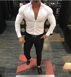 Yes or No? What do you think! #gentwithcasualstyle #menwithcasualstyle Stylish Men, Men Casual, Summer Fashion Outfits, Fashion Tips, Gq Mens Style, Skinny Suits, Mens Fashion Wear, Dapper Men, Men Dress