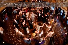 A money dance hora! Photo by: FRP