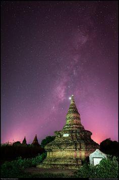 Milky way in Bagan by Teerayut Hiruntaraporn on 500px