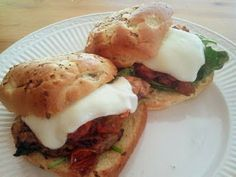 red barn cafe: Grilled Italian Chicken Sandwich