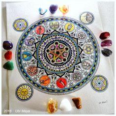 """""""MANDALA CIGANA"""" (versão colorida) Arte encomendada, destino: Araruama-RJ. Orçamento através do e-mail: notovic@gmail.com"""