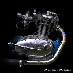 ◆ Visit MACHINE Shop Café ◆ (No. 122 ~ CLASSIC DUCATI (DIANA) DAYTONA 250cc ENGINE - 1963, by Gordon Calder, via Flickr, 3,000,000 Views!)
