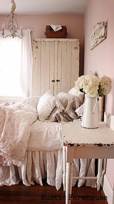 Vintage chic bedroom furniture Cream Crushed Velvet Shabby Chic Master Bedroom Rustic Romantic Bedroom Rustic Girls Bedroom Shabby Chic Guest Pinterest 1009 Best Shabby Chic Bedrooms Images In 2019 Beautiful Bedrooms