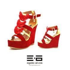 Brechó online de luxo. Promoção de Sapatos no Arara Cheia