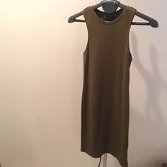 TOPSHOP Olive Green Bodycon Dress Olive green bodycon sleevelss dress! Light comfortable, side sleeves are lower than average for a sexy cut. Narrows into your side boobs as you can see in the picture. Never worn brand new! Cute with sneakers sandals and heels! Length of dress from shoulder is 36 in. Topshop Dresses Midi