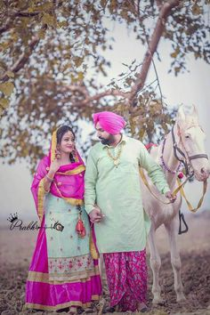 New Panjabi clubs and sardarji love marriage Wedding Couple Pictures, Wedding Pics, Wedding Shoot, Wedding Couples, Pre Wedding Poses, Pre Wedding Photoshoot, Photoshoot Dresses, Cute Couple Dp, Punjabi Wedding Suit