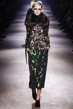 Dries Van Noten Fall 2016 Ready-to-Wear Fashion Show