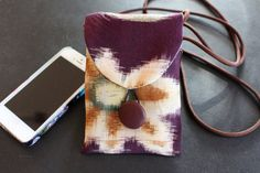 Mini Purse / Cell Phone Holder repurposed from a Vintage Japanese kimono, Cell phone Bag, Mini Purse, Evening Bag, Tiny Purse, Silk Purse