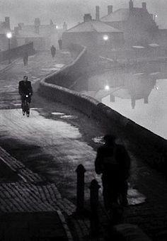 John Bulmer  Tipton at Dawn, Black Country, Winter 1960 - 1961