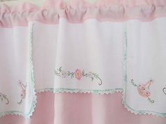 Pink Obliečky Basket Valance upcycle Výšivka by BettyandBabs