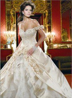 Kanavice wedding dress