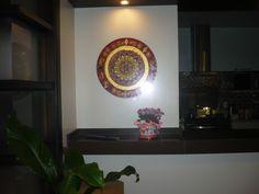 Mandala da Fartura -centro feito de Sementes -50cm de diâmetro-e pintada em verniz vitral por Marta Falcão