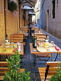 Rome, Italy Cafe Bistro, Bistros, Rome Italy, Italy Travel, Places Ive Been, Travel Destinations, Colorado, Cruise, Restaurants