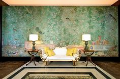 de Gournay wallpaper will be in the dining room as well, of course.  A nice contrast with the clean lines of the Saarinen tulip table.