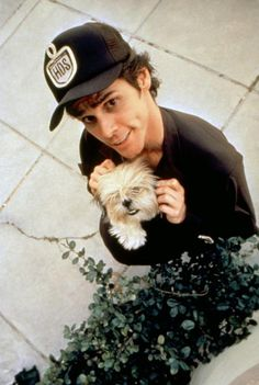 jim carrey ace ventura pet detective is hilarious. I love all jim carrey movies he is so funny in a sick way haha. Jim Carrey, I Movie, Movie Stars, Xavier Samuel, The Blues Brothers, Tom Hanks, Film Serie, Man Humor, Funny People