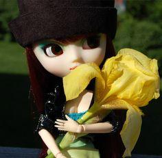 Vivi _Yellow Iris by sunnybunny09 on DeviantArt
