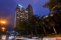 Kuala Lumpur Qliq Damansara Hotel Malaysia, Asia Qliq Damansara Hotel is conveniently located in the popular One Utama area. The hotel offers guests a range of services and amenities designed to provide comfort and convenience. To be found at the hotel are free Wi-Fi in all rooms, 24-hour security, convenience store, daily housekeeping, photocopying. Comfortable guestrooms ensure a good night's sleep with some rooms featuring facilities such as television LCD/plasma screen, co...
