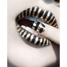 Metallic Stripes #makeup, #lips, #pinsland, https://apps.facebook.com/yangutu