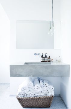| concrete sink |