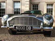 #astonmartin #db5 #classiccar #jamesbond #007