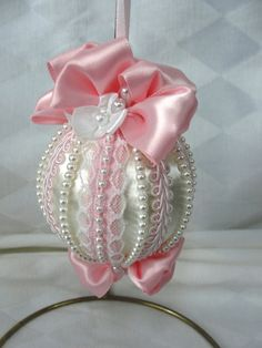 Handmade Christmas Tree Ornament Original Design Pink Satin Bows & Strands of Pearls Victorian Christmas Ornaments, Handmade Christmas Tree, Shabby Chic Christmas, Christmas Ornaments To Make, Xmas Crafts, Christmas Deco, White Christmas, Christmas Mantels, Vintage Ornaments