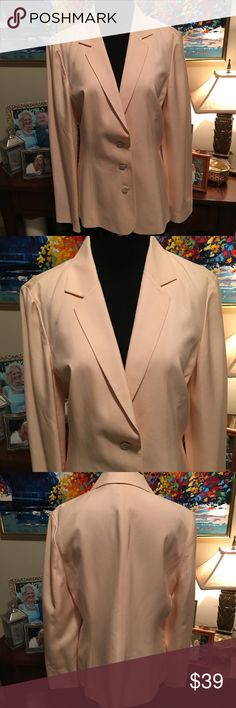 💯% Silk Tommy Bahama Light Pink Blazer Size 10 Light pink Tommy Bahama button up Blazer!! Excellent condition. Only flaw is spot on left shoulder, which i think will come out, but I haven't tried. Lined blazer, all 100% Silk! Tommy Bahama Jackets & Coats Blazers