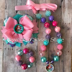 La pequeña sirena Ariel cinta atado grueso Bubblegum grano Toddler Jewelry, Kids Jewelry, Chunky Bead Necklaces, Chunky Beads, Ribbon Hair Bows, Diy Hair Bows, Fabric Jewelry, Beaded Jewelry, Diy Jewelry Making Tools