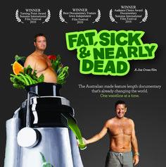 Australien, Joe Cross a perdu 40 kg en 60 jours en ingurgitant du jus de légumes verts. Extrême ? Cette potion magique ne l'a pas seulement aidé à perdre du poids, elle l'a aussi sauvé des médicame...