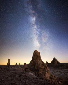 """Trona Pinnacles par Dan Barr, prise le 8 Octobre 2013 à Trona Pinnacles, Californie. 15,3x19,1""""   Canon EOS 5D Mark II 25mm/ƒ/2/20s/ISO 5000"""