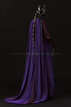 robe longue, accessoirisé, coiffe, collier, escarpin, Edith de Berg, acte I - 2013.01.04