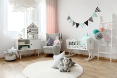Dos and Don'ts: How to set up a baby room properly - Babyzimmer Baby Room Colors, Paper Pom Poms, Baby Zimmer, Labor, Vase Centerpieces, Baby Decor, Event Decor, Room Interior, Decoration