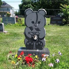 The most Unusual Graves and Tombstones (61 pics)