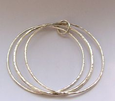 Simple hammered bangle tutorial from Cooksongold.com