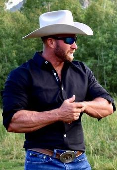 Mostly pics of cowboys I find from internet. A few of my own pics too. Cowboy Outfit For Men, Cowboy Outfits, Cowboy Up, Hot Country Men, Cute Country Boys, Cowboys Men, Real Cowboys, Scruffy Men, Man Dressing Style