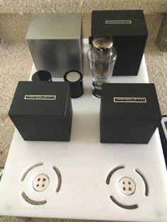 Officina Tron-audio Switzerland: L'amplificateur SE 300B-iS Officina Tron-audio Audiophile, Apple Tv, Clock, Watch, Clocks