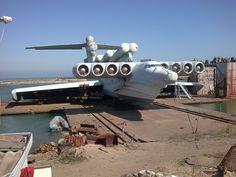 Lun-clase ekranoplan - vehículo del efecto de tierra usado por la marina soviética tarde. ¡Técnicamente un barco!