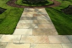 Paving Slabs from Raj Green Indian Paving, Moorstone Paving, Craggstone Paving and more from Easypave and manufacturers including Marshalls Paving and RF Landscape Products. Free delivery with orders over £100!